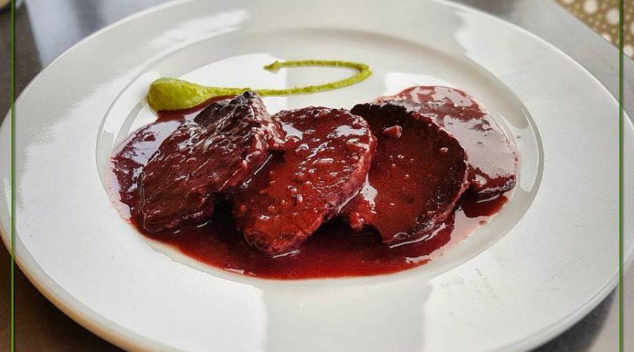 Parma Golf Menu Filetto di maiale al nero di lambrusco