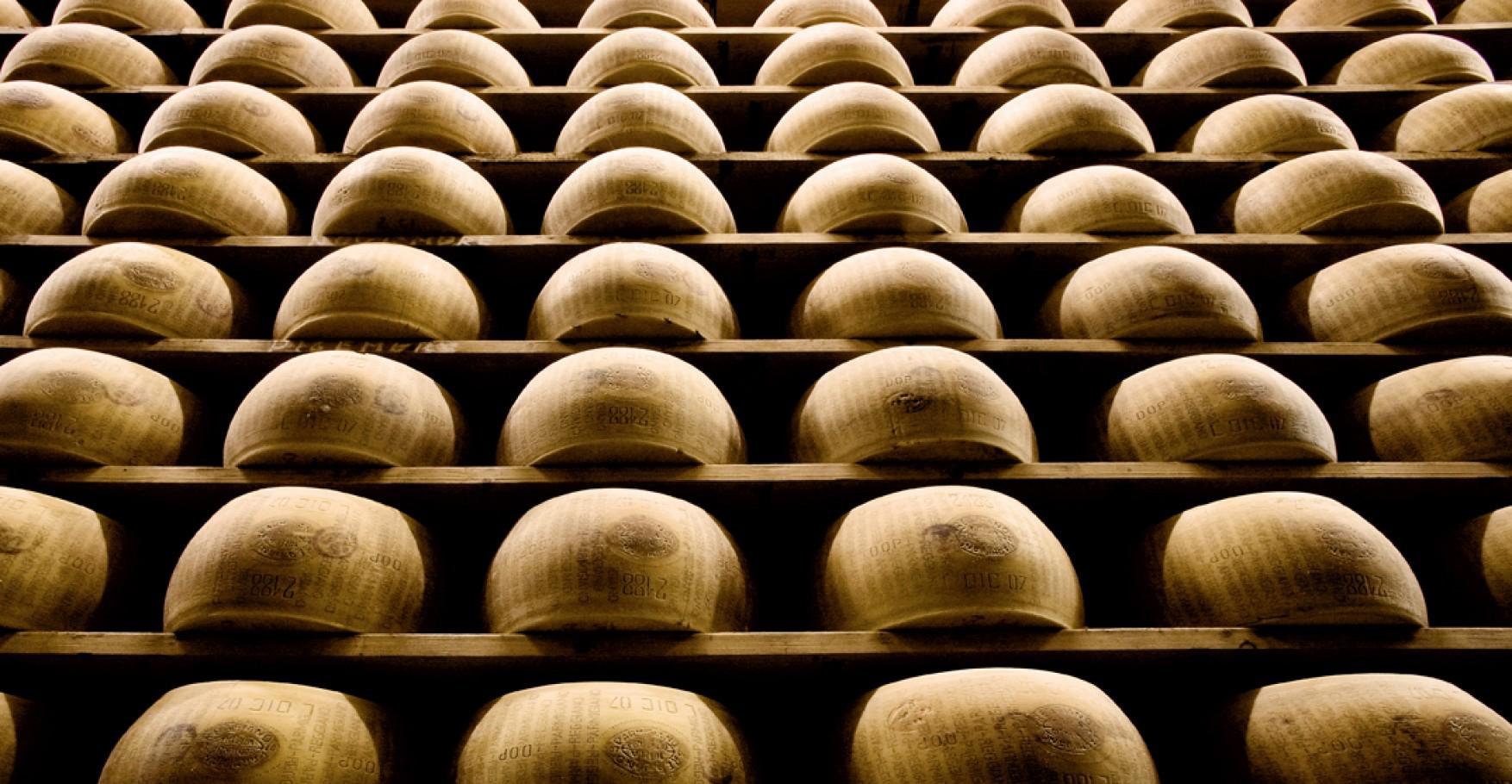 Scalere di Parmigiano Reggiano