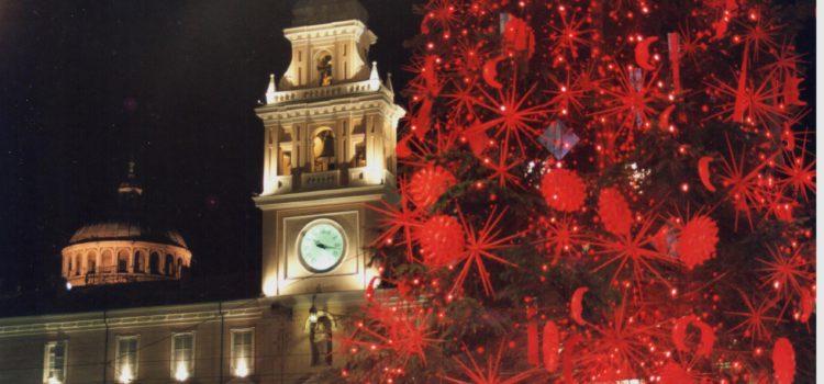 Palazzo_del_Governatore_Parma_a_Natale