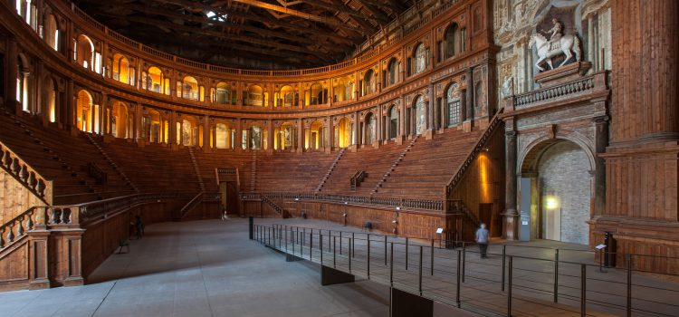 Teatro Farnese: Parma in un giorno