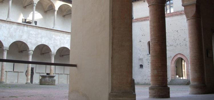 Cortile-Interno-Torrechiara