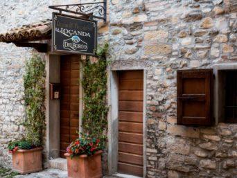 la_locanda_del_borgo_entrata