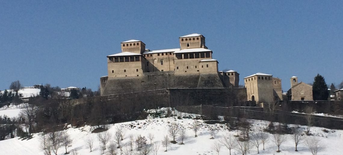Basagni Chiara castello torrechiara con neve