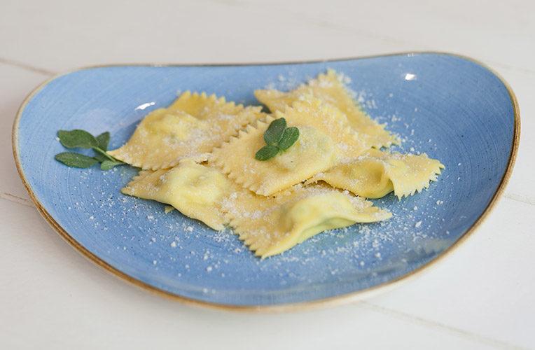 Stuzzicheria Parmigiana tortelli