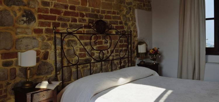 antico_borgo_tabiano_castello_suite_letto