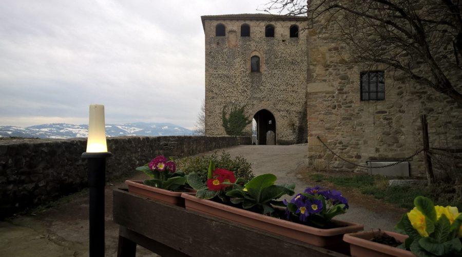 taverna del castello vista esterna
