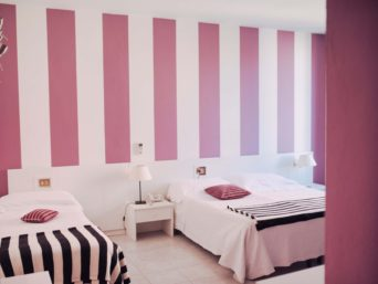 hotel elite camera doppia rosa small