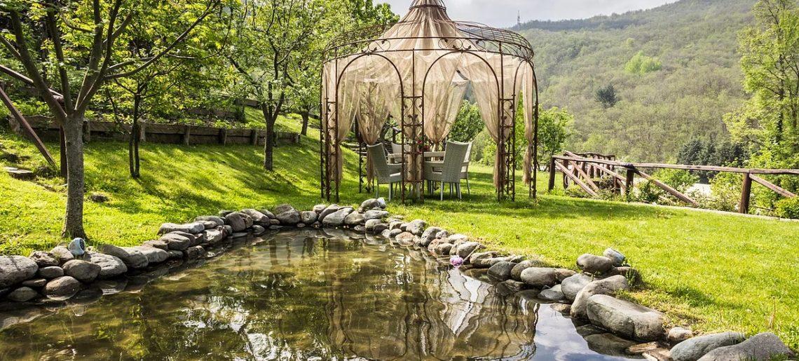Borgo casale giardino